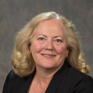 Portrait of Theresa Elliot-Cheslek